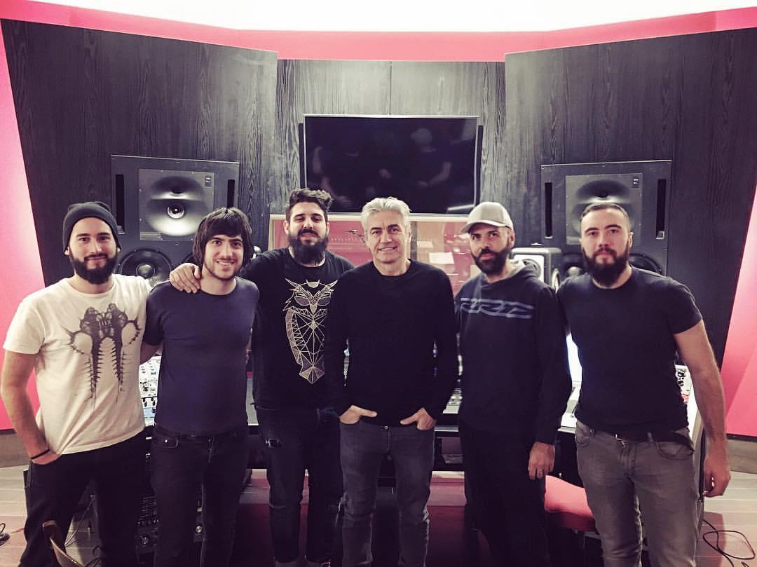 http://www.rockcontest.it/wp-content/uploads/2016/12/Ligabue-con-Amarcord_6.12.2016_Zoo-Studio.jpg